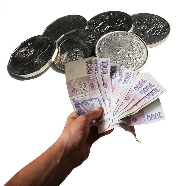 Nabízíme <span>stovky variant</span> pojištění, od pojišťoven <span>z České Republiky.</span> On line a bez pojišťováka.
